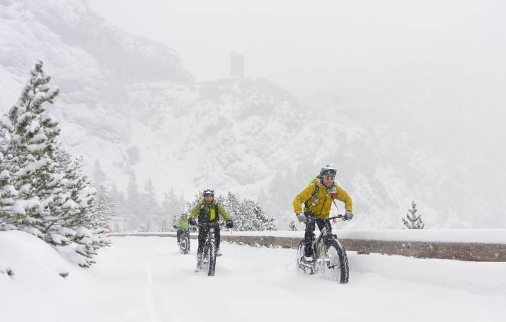 Escursioni d'inverno con le fat e-bike